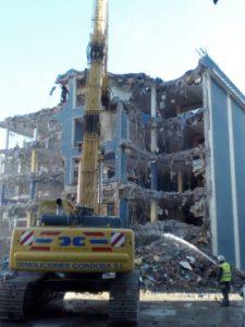 Demolición antiguo edificio Merkamueble en Málaga - Demoliciones Córdoba